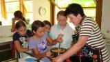 """2013 - Projekt """"Jung und Alt"""" - Kochen mit Schülern"""